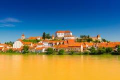 Stadtbild der alten europäischen Stadt Ptuj, Slowenien lizenzfreie stockbilder