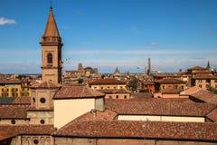 Stadtbild der alten Stadt des Bolognas stockfotos