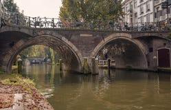 Stadtbild in der Herbsteinstellung Lizenzfreie Stockfotos