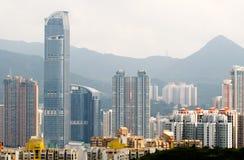 Stadtbild der hohen Wohnungen und der Häuser Lizenzfreie Stockbilder