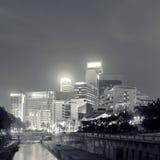 Stadtbild in der Nacht lizenzfreie stockfotos