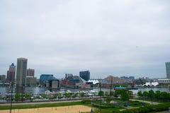 Stadtbild des Bundeshügels in Baltimore, Maryland während des Sommers stockfotos
