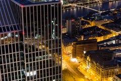 Stadtbild Frankfurts am Main Deutschland nachts Stockfotos