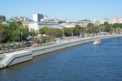 Stadtbild mit Ansicht des Moskau-Flusses, Russland Stockbild