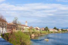 Stadtbild mit Ufergegend von die Etsch-Fluss in Verona Stockfotografie