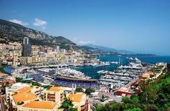 Stadtbild und Hafen von Monte Carlo Stockfotografie