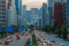 Stadtbild und Wolkenkratzer an der Dämmerung in den sakae, Nagoya, Japan Lizenzfreies Stockbild