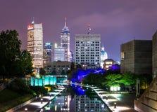 Stadtbild vom Kanal-Weg in Indianapolis, Indiana lizenzfreie stockbilder