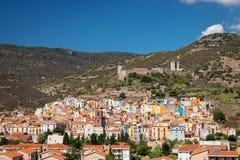 Stadtbild von Bosa, Italien stockfotos