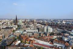 Stadtbild von Hamburg vom berühmten Turm Michaelis Lizenzfreies Stockbild