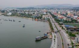 Stadtbild von Quang Ninh, Vietnam Stockfotografie