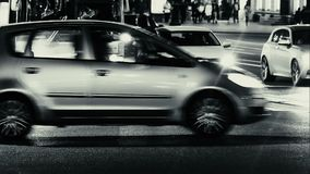 Stadtbild-Zeitspanne der Abend-Stadt mit Auto-Verkehr stock video footage