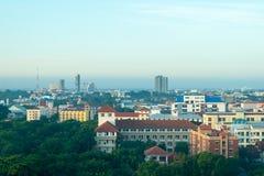 Stadtbild zur Tageszeit stockfotografie