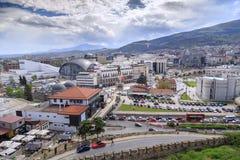 Stadtbildansicht von Skopje von der Kohlfestung Stockfotografie