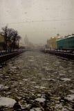 Stadtdämme während des Sturms Lizenzfreies Stockfoto