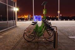 Stadtfahrräder lizenzfreie stockbilder