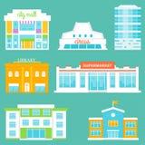 Stadtgebäude eingestellt Einkaufszentrum, Zirkus, Bürogebäude, Bibliothek, Supermarkt, Schule Lizenzfreies Stockfoto