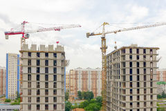Stadtgebäudenahaufnahme Lizenzfreie Stockbilder