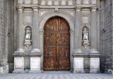 Stadtkathedralen-Eingang Stockfoto