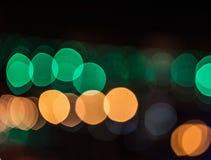 Stadtlichter verwischten bokeh Hintergrund Stockfotografie