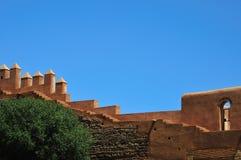 Stadtmauern von Chellah nahe Rabat, Marokko stockbild