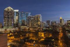 Stadtmitte-Atlanta-Dämmerung stockbilder