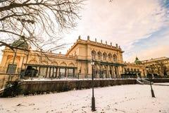 `-Stadtpark ` staden Central Park av Wien Arkivbilder