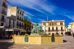 Stadtplatz in der Stadt von Ronda lizenzfreie stockfotos
