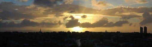 Stadtsonnenuntergang Stockbilder
