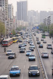 Stadtstraße in Wuhan Stockfotos