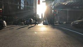 Stadtstraßenschnittverkehr lense Aufflackern Vancouver Kanada im November 2018 stock footage
