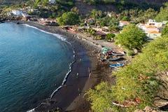Stadtstrand Vogelperspektive Cidade Velha in Santiago - Kap-Verde - Cabo Verde lizenzfreies stockfoto