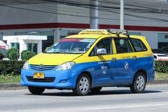 Stadttaxi Meter chiangmai, Toyota Innova Lizenzfreies Stockfoto