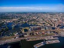 Stadtvogelperspektive über Amsterdam stockbild