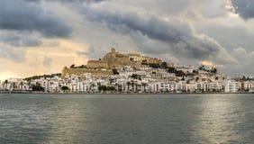 Stadtwelterbstadt Ibiza alte lizenzfreie stockfotos