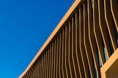 Stadtwohngebäude des modernen Designs in der Stadt Stockfotografie