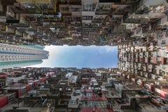Stadtwohnung von der Ansicht von unten Lizenzfreie Stockfotografie