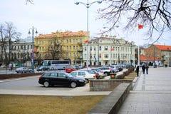 Stadtzentrum-Straßenansicht Vilnius alte über Frühling Lizenzfreie Stockbilder