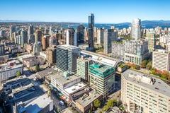 Stadtzentrum von Vancouver kanada Schattenbild des kauernden Geschäftsmannes Lizenzfreie Stockfotos