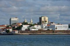 Stadtzentrumansicht vom Meer am Sao Luis, Brasilien lizenzfreie stockbilder