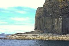 Staffa, una isla del Hebrides interno en Argyll y Bute, Escocia Foto de archivo
