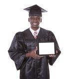 Staffelungs-Mann, der Tablet-PC hält Lizenzfreie Stockbilder