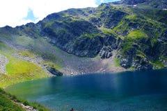 stagione primaverile di vista panoramica di fine dell'attrazione di sette laghi di rila Fotografie Stock Libere da Diritti