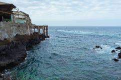 Stagni dell'oceano della città di Garachico, Tenerife, isole Canarie, Spagna fotografia stock