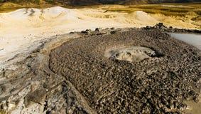 Stagno attivo del vulcano del fango Fotografia Stock