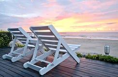 Stagno della spiaggia del letto vicino al tramonto. Fotografia Stock Libera da Diritti
