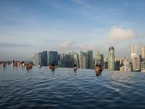 Stagno di infinito a Marina Bay Sands Hotel Fotografia Stock