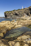Stagno di marea sotto la luce della testa della baia dell'aragosta fotografie stock libere da diritti