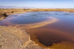 Stagno di ribollimento acido nella depressione di Danakil in Etiopia, Africa fotografia stock libera da diritti