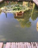 Stagno di riflessione a Alhambra immagini stock